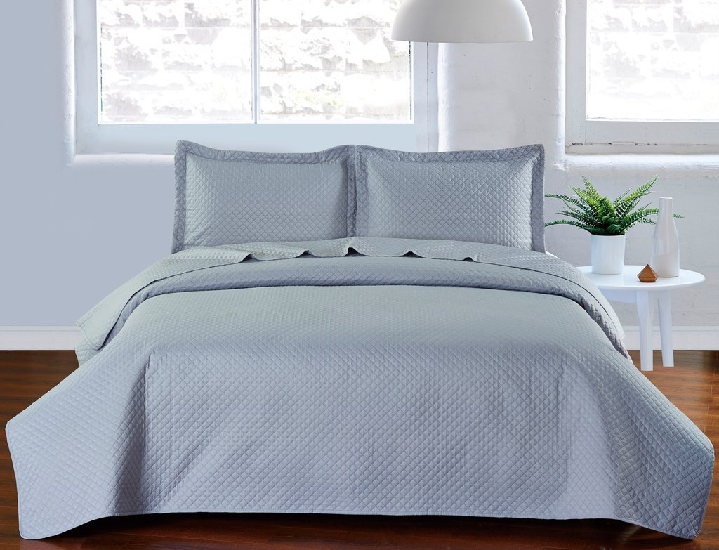 De Moocci Pinsonic Plaid Coverlet Set, Full-Queen, White Orient Home Collection Inc 1703PC-P-WH-FQ