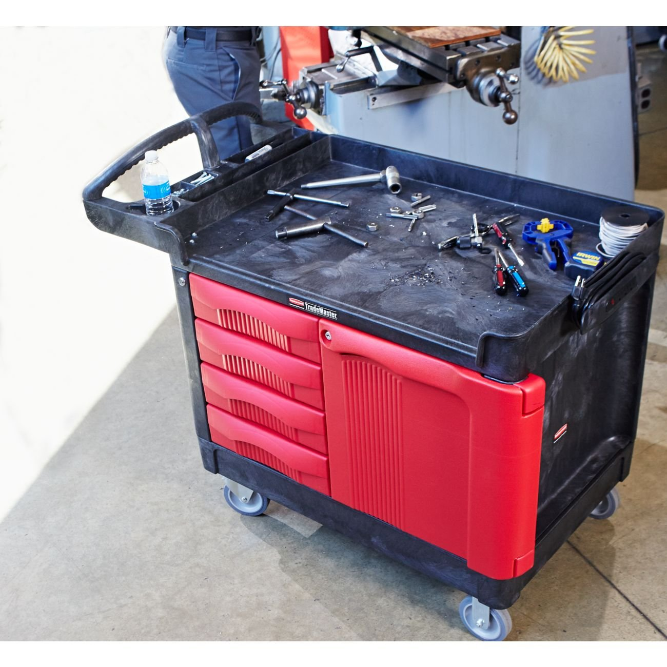 49 L x 27 W x 28 H Rubbermaid Commercial Trademaster 4 Drawer Mobile Work Center with Cabinet FG453388BLA Black//Red