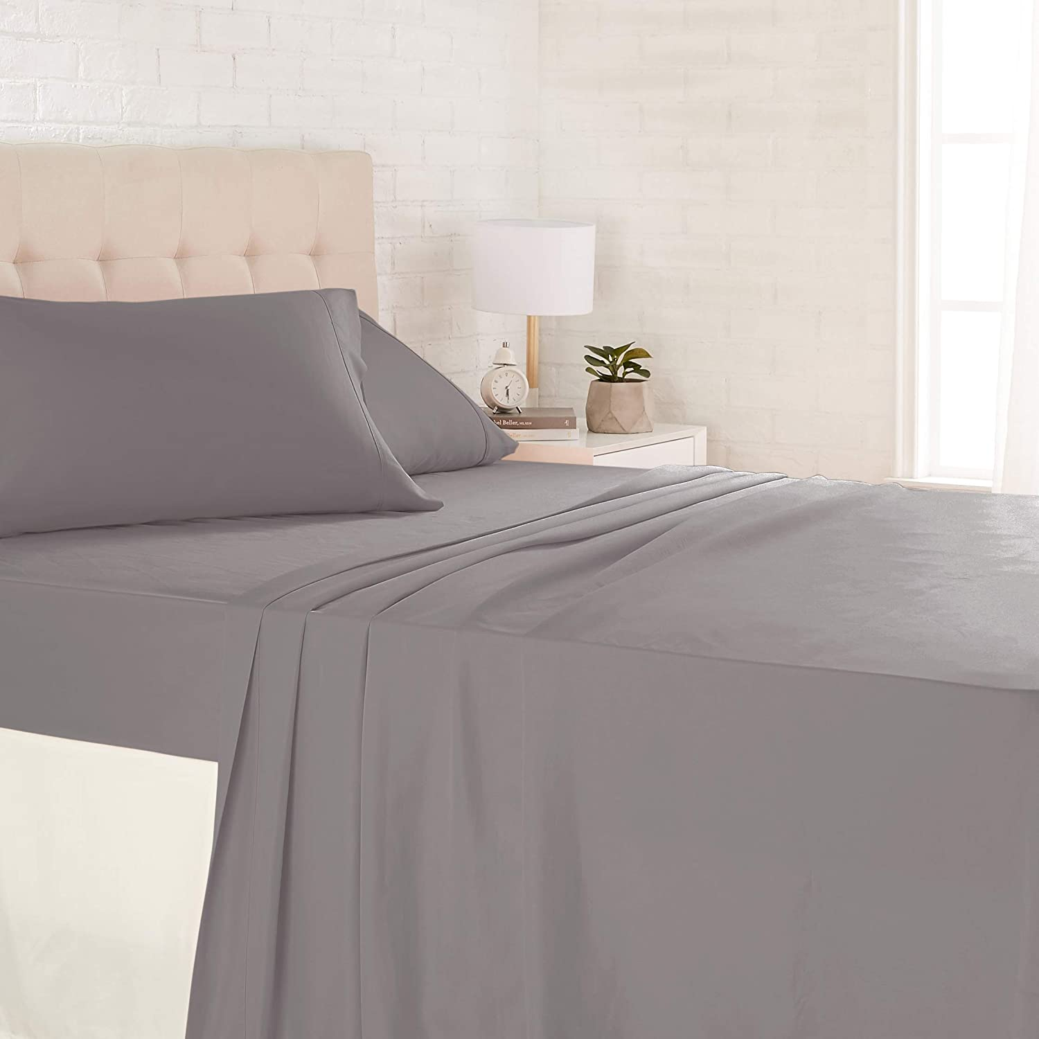 "AmazonBasics Lightweight Super Soft Easy Care Microfiber Sheet Set with 16"" Deep Pockets"