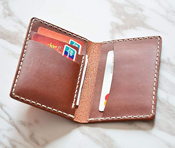 824c1a15491a3 Amazon.com  Men s Wallet Minimalist Leather Bifold For Him Thin Slim ...