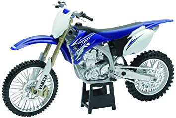 Review New Ray Toys 1:12 Scale Dirt Bike - YZ450F 57233