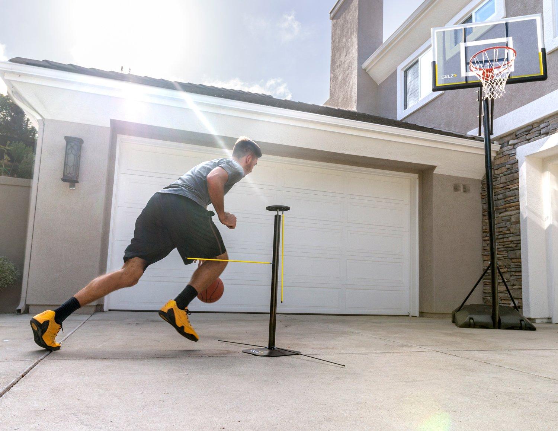 SKLZ Dribble Stick - Entrenador del regate de Baloncesto: Amazon ...