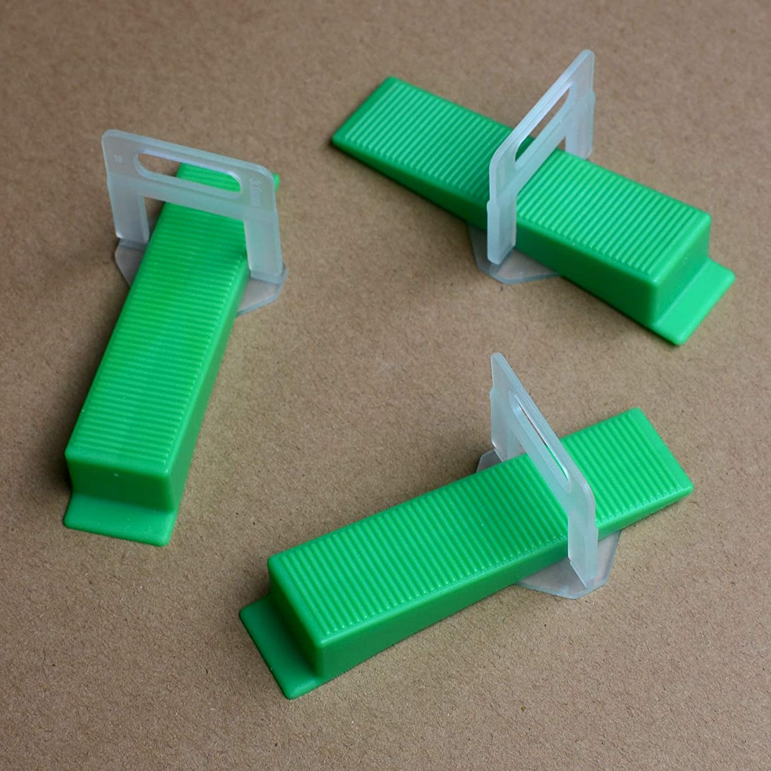 1.5mm DGOL Thick Tiles Leveler Spacers Tile Leveling System Green Wedges 100pcs and Strong Clips 200pcs 1//16 inch
