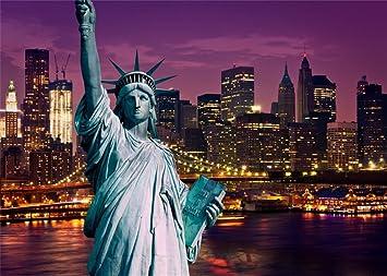 Amazon Com Leowefowa 7x5ft Vinyl Statue Of Liberty Backdrop American New York Cityscape Night View Modern Building Shining Lights River Romantic Wallpaper Wedding Photography Background Lover Photo Studio Props Camera