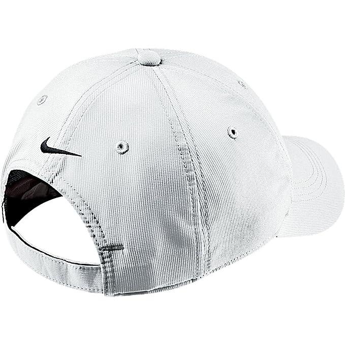 bb0eee0818711 Amazon.com: Nike Tech Swoosh Cap, Black/White, One Size: Clothing