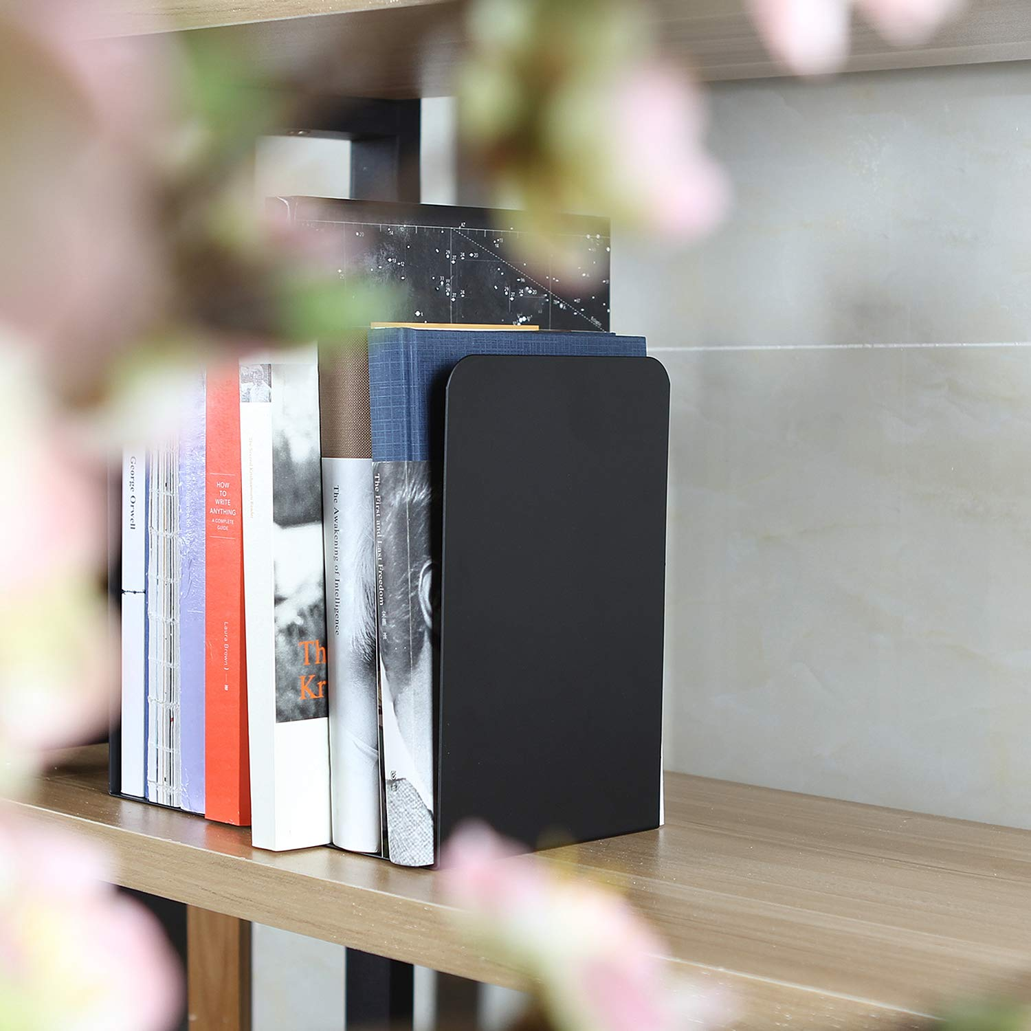 ABUFF 2 Pcs Larger Modern Bookends Black, 8 Inch Decorative Metal Nonskid Book Ends Supports for Books, Movies, DVDs, Magazines, Video Games, Standard, 8 X 3.9 X 5.3 Inch