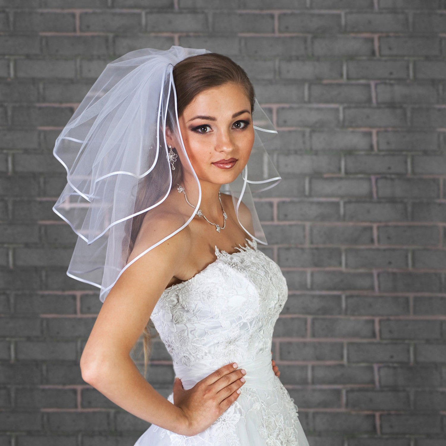 Fair Lady Short 3 Layers with Ribbon Edge and Free Comb Bridal Veils FLveil00101
