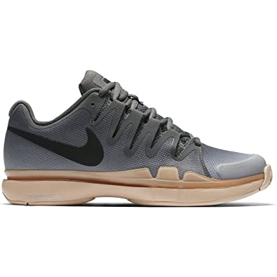 a83a8ba3b5b3 Nike Women s Zoom Vapor 9.5 Tour Tennis Shoe (U.S. Open 2016 Colors) (6
