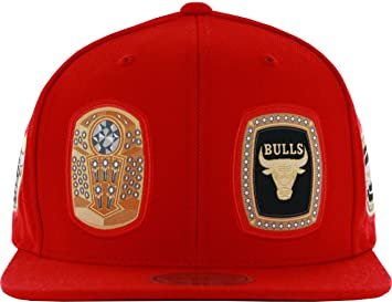 c5c4fbc8598cc Image Unavailable. Image not available for. Colour  Mitchell   Ness Men s Chicago  Bulls Rings Snapback Hat Red