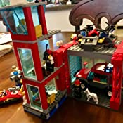 Amazon.com: LEGO City Fire Station 60215 - Kit de ...
