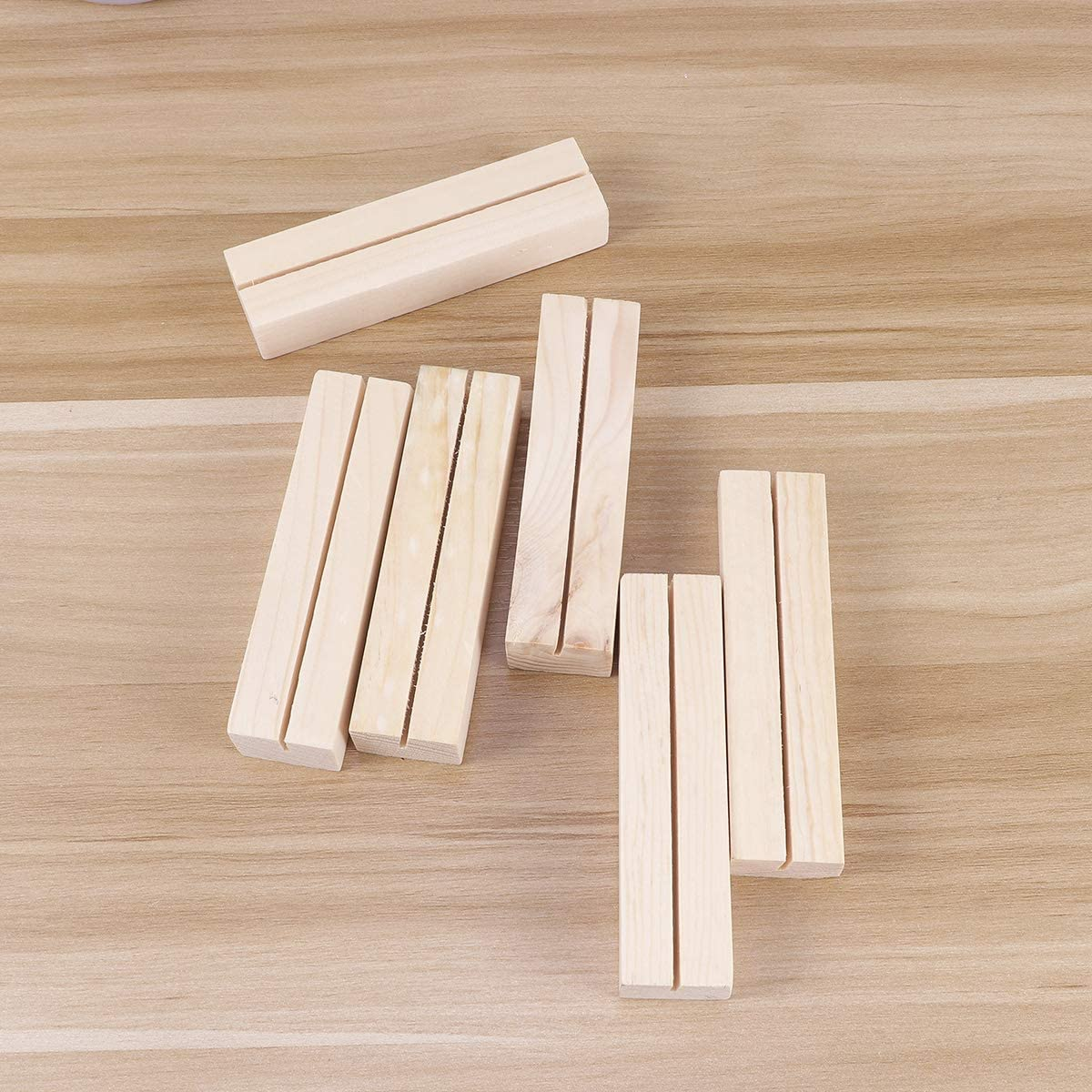 Amosfun 12pcs Natural Wood Photo Holder Memo Clips Business Card Holder Clamps Stand Desktop Message Crafts Gifts Office Stationery Organizer Home Decoration 7 x 1.8 x 2.7cm