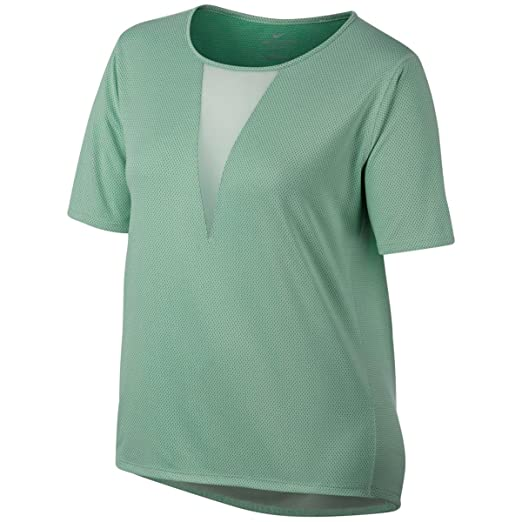 854725f67f7193 Nike Women s Plus Size Zonal Cooling Active Top at Amazon Women s Clothing  store