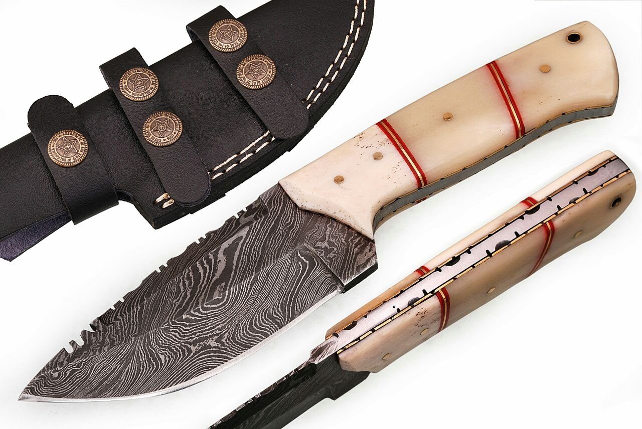 SharpWorld Beautiful Damascus Knife Made of Remarkable Damascus Steel and Exotic Handle -Best Hunting Knife with Sheath TJ102 (Camel Bone)