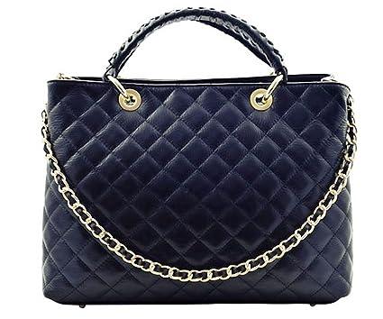 ac2eda74c3e1 Handbag Bliss Italian Leather Large Quilted Designer Inspired Classic  Handbag   Shoulder Bag (Black)  Amazon.co.uk  Luggage