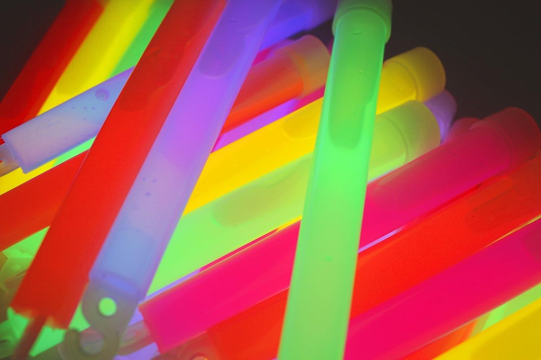 50x Power Knicklichter Bulk | 150x15 mm FETT und HELL Leuchtstäbe | 6 Farben Öse | Knicklichter Leuchtstäbe | Armreifen Glowstick | Partylichter Neon | rot gelb grün pink orange blau Decotrend-Line