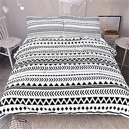 Amazon Com Newrara 3d Bedding Set Black And White Triangle Striped