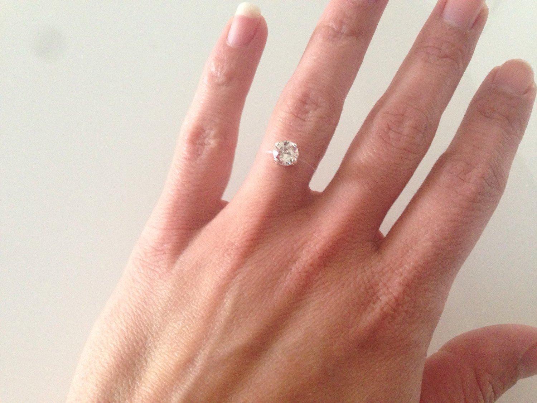 Bague strass brillant swarovski cristal solitaire sur fil de nylon transparent , mariage, soirée
