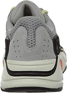 classic fit 3afd0 ec9c6 Amazon.com | Adidas Yeezy Boost 700