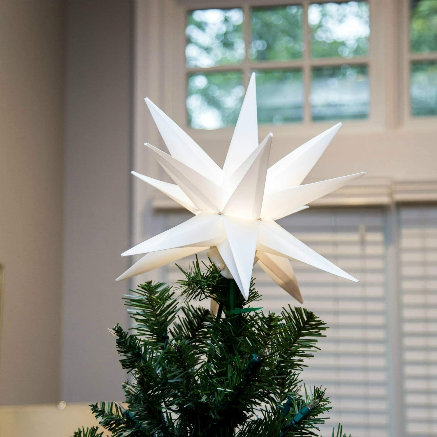 Amazon Com Elf Logic 12 Moravian Star Tree Topper New 2020 Model No Assembly Required Beautiful Bright White 3d Lighted Christmas Star Tree Topper 12 Inch Folding Led Kitchen Dining