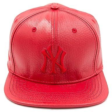 b44eae15a87 Pro Standard Men s MLB New York Yankees Baseball Logo Leather Strapback Hat