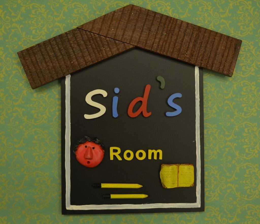 Karigaari India Sleeper Wooden Hut Style Name Plate