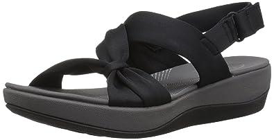 b9a7533921ad Amazon.com  CLARKS Women s Arla Primrose Sandal  Clarks  Shoes