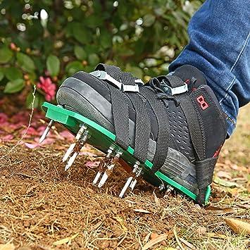 Aireador de césped, Zapatos escarificadores de 26 Tornillos, escarificador de césped portátil, escarificador de jardín Manual, Zapatos de aireación de césped Fabricados con 8 Correas para su césped: Amazon.es: Juguetes y juegos