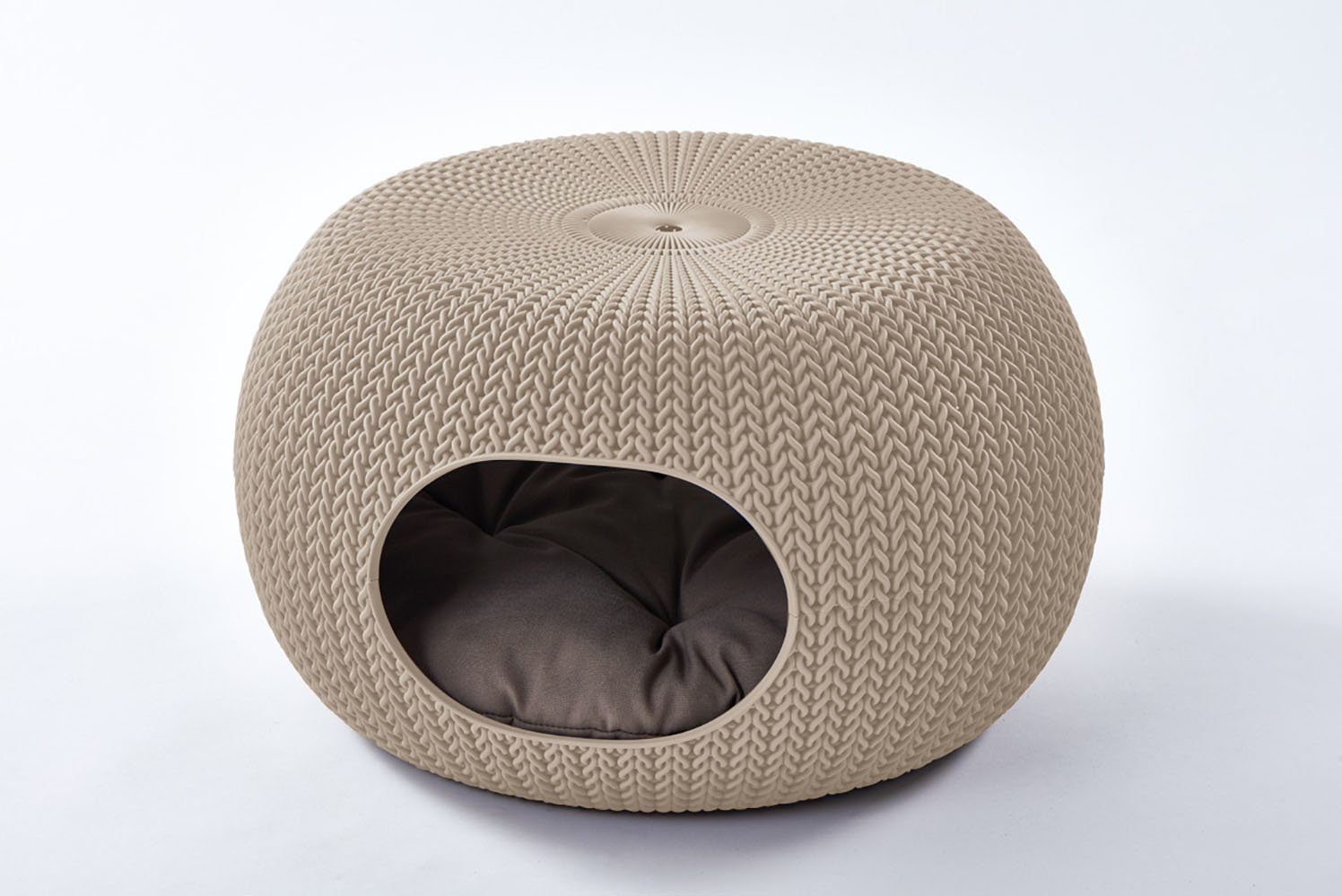 Keter by Curver 22.7'' x 22.3'' x 13'' KNIT Cozy Luxury Lounge Bed & Pet Home with Cushions, Small to Medium