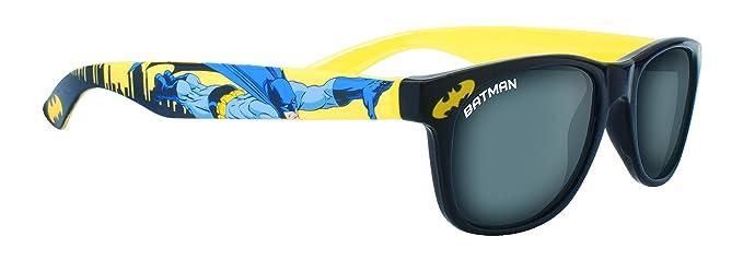 e02ba11001e Kids Batman Sunglasses  Amazon.co.uk  Clothing