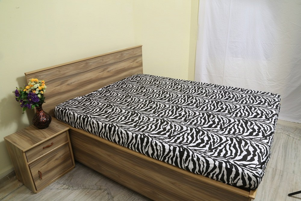 Ras Décor Linen 100% Combed Cotton 24 Inch Deep Pocket 1 PC Fitted Sheet-Premium Quality Long Staple Fiber-Hypoallergenic-Breathable-Durable-Comfortable-Stain-Zebra Print, Cal-King Size