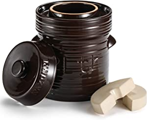 Razorri Comodo Ceramic Fermentation Crock - 2 Liter (0.5 Gallon) Traditional Water-Sealed Jar with Glazed Weights - Fermenter for Kombucha, Sauerkraut, Kimchi, Pickles (Brown)