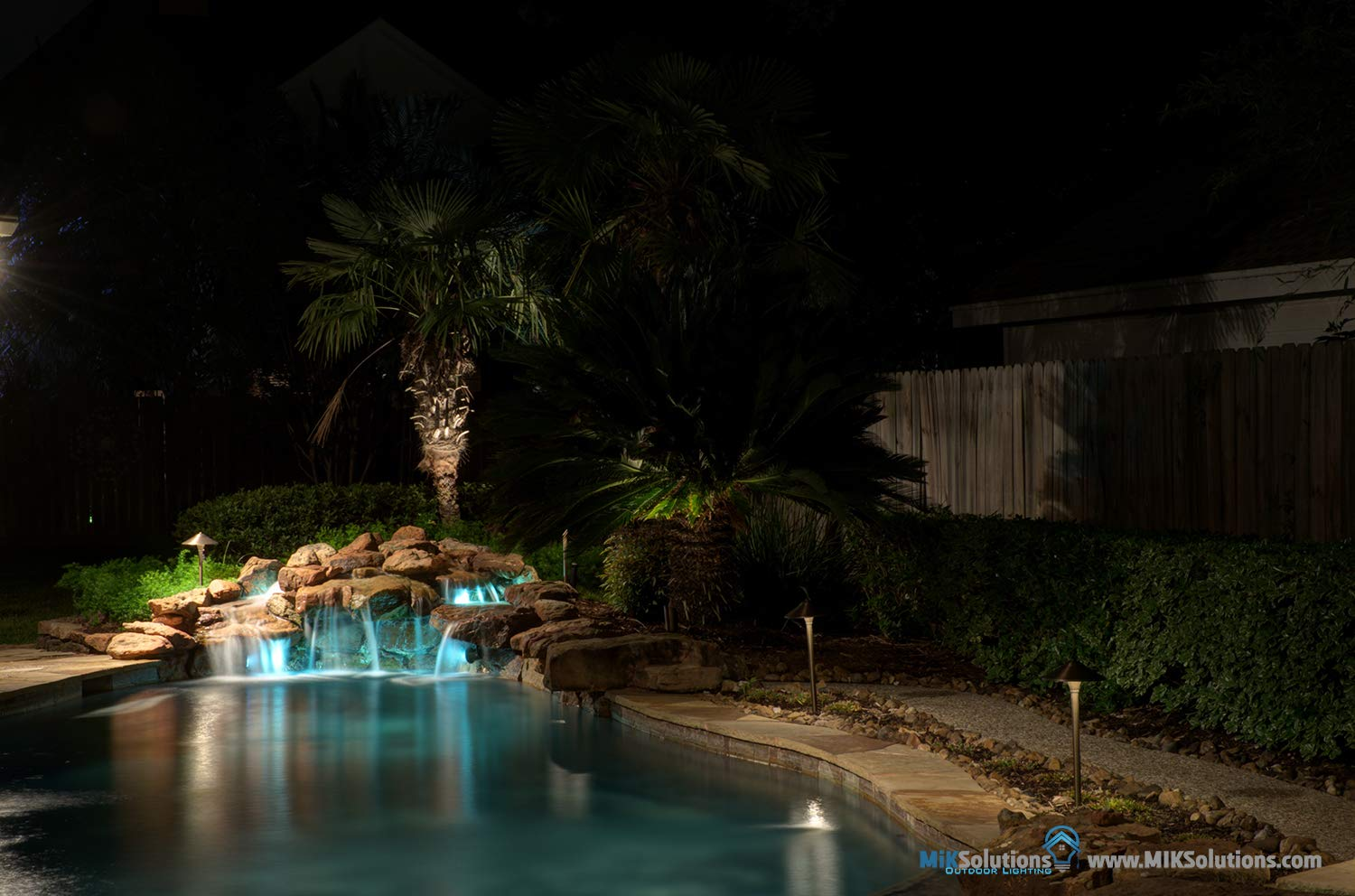 Underwater Light by MIK Solutions Solid Brass 7WMR16 LED Bulb Pond Light Submersible Waterfall Pool Fountain Light for Beautiful Bright Long Lasting Home Garden Patio Pool Area Lighting by MIK Solutions Outdoor Lighting (Image #6)