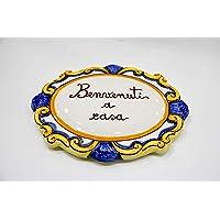 Targa in ceramica con scritta 'benvenuti a casa' dipinta a mano
