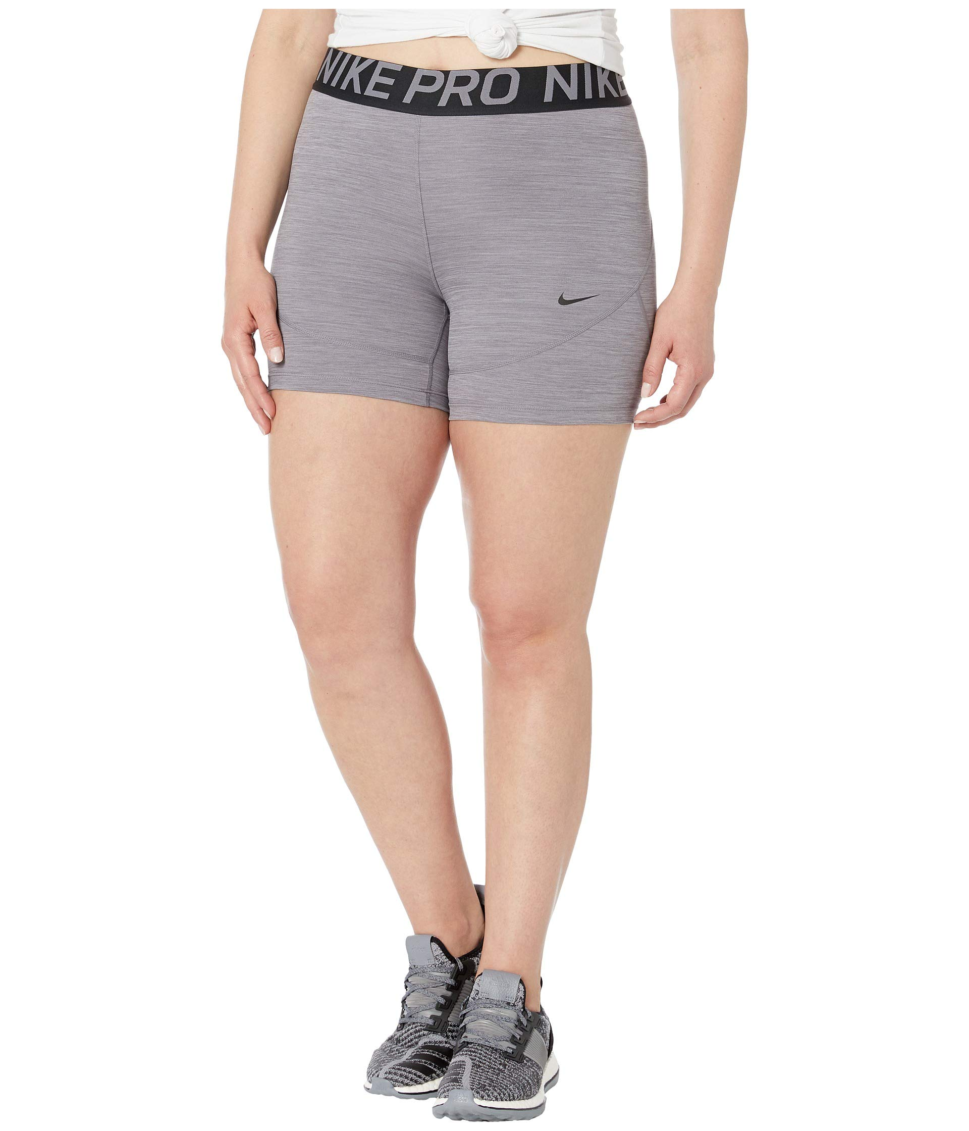 Nike Womens Pro 5 Training Shorts (Large, Gunsmoke) by Nike