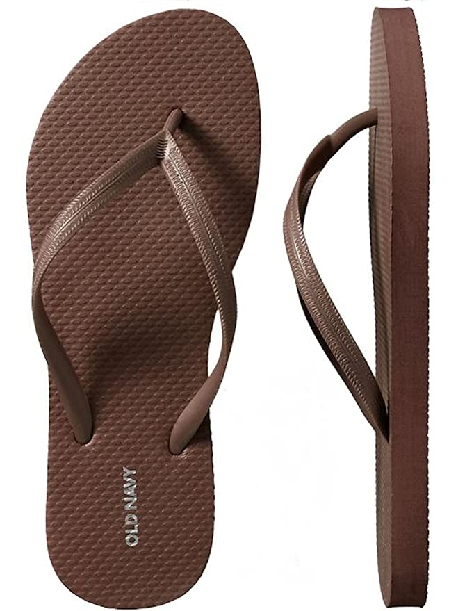 6328b7a012c Amazon.com  Old Navy Women Beach Summer Casual Flip Flop Sandals  Clothing