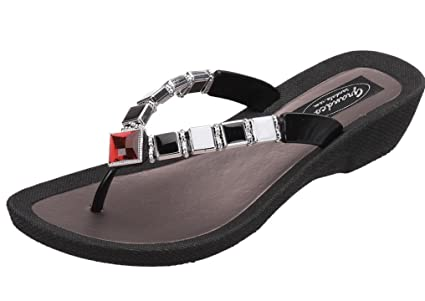 04086268fecc Image Unavailable. Image not available for. Color  Grandco Ruby Sandals ...