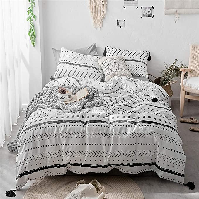 King PiccoCasa Geometric Duvet Cover Set Gray and White Striped Bedding Set Modern Soft Luxury Microfiber Reversible Stripe Pattern Comforter Cover for Boys Men Women Teens