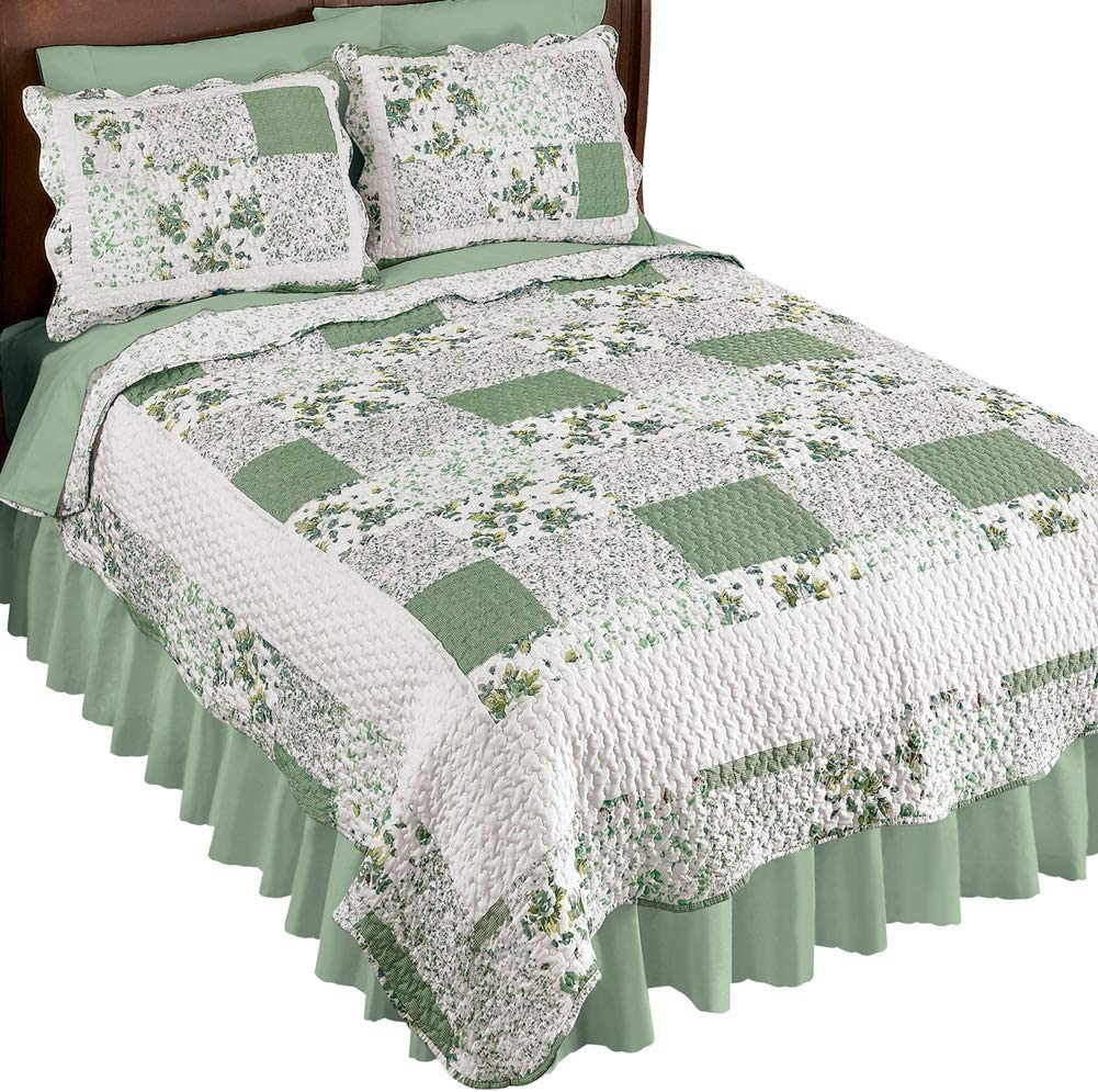 BEAUTIFUL PATCHWORK COUNTRY COTTAGE IVORY PINK RED ROSE GREEN BLUE QUILT SET