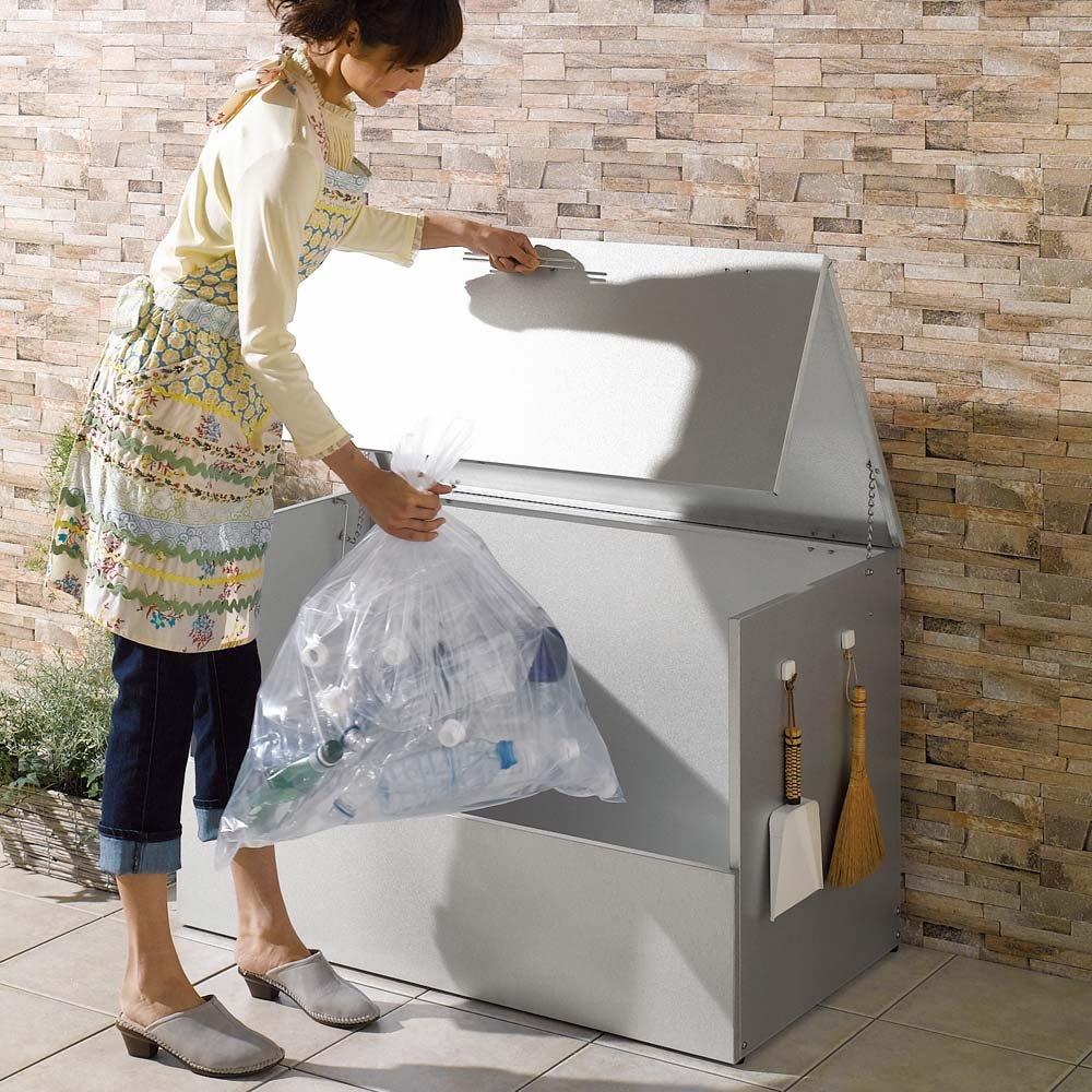 大きく開くガルバ製ゴミ保管庫 幅100奥行55cm 604012 B0794SK4H4
