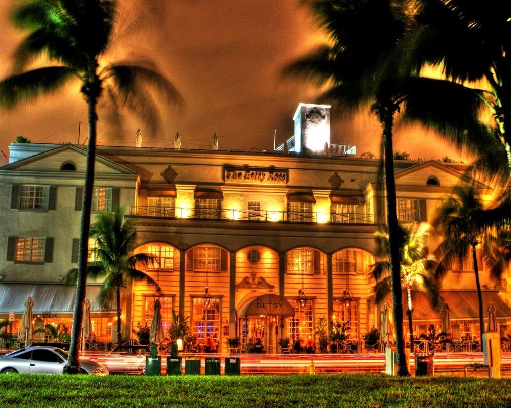 The Betsy Hotel at Night on Ocean Drive Miami Beach Photography Print by Roman Gerardo
