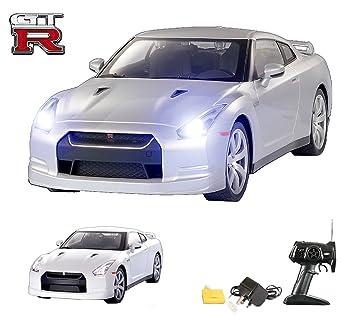 Nissan GTR Remote Control Car - Working Lights - Head-to Head Racing ...