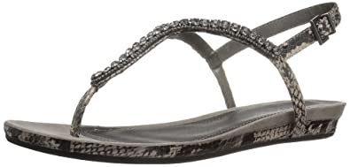 815610f6c9dc37 Kenneth Cole REACTION Women s Lost Star Flat Sandal Black White 5 ...