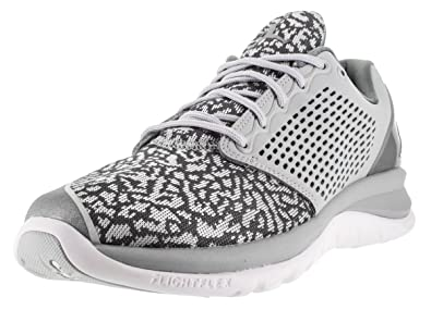 c38c6a818ec0 Jordan Nike Men s Trainer St Wolf Grey White Grey Basketball Shoe 8