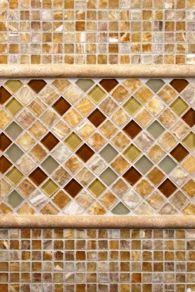 Wallandtile Honey Onyx 5/8'' Tumbled Mosaic Tile