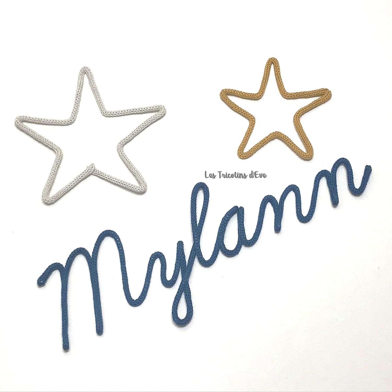 Prénom en tricotin et ses 2 étoiles, prénom au tricotin,déco chambre enfant, chambre bébé, cadeau personnalisé