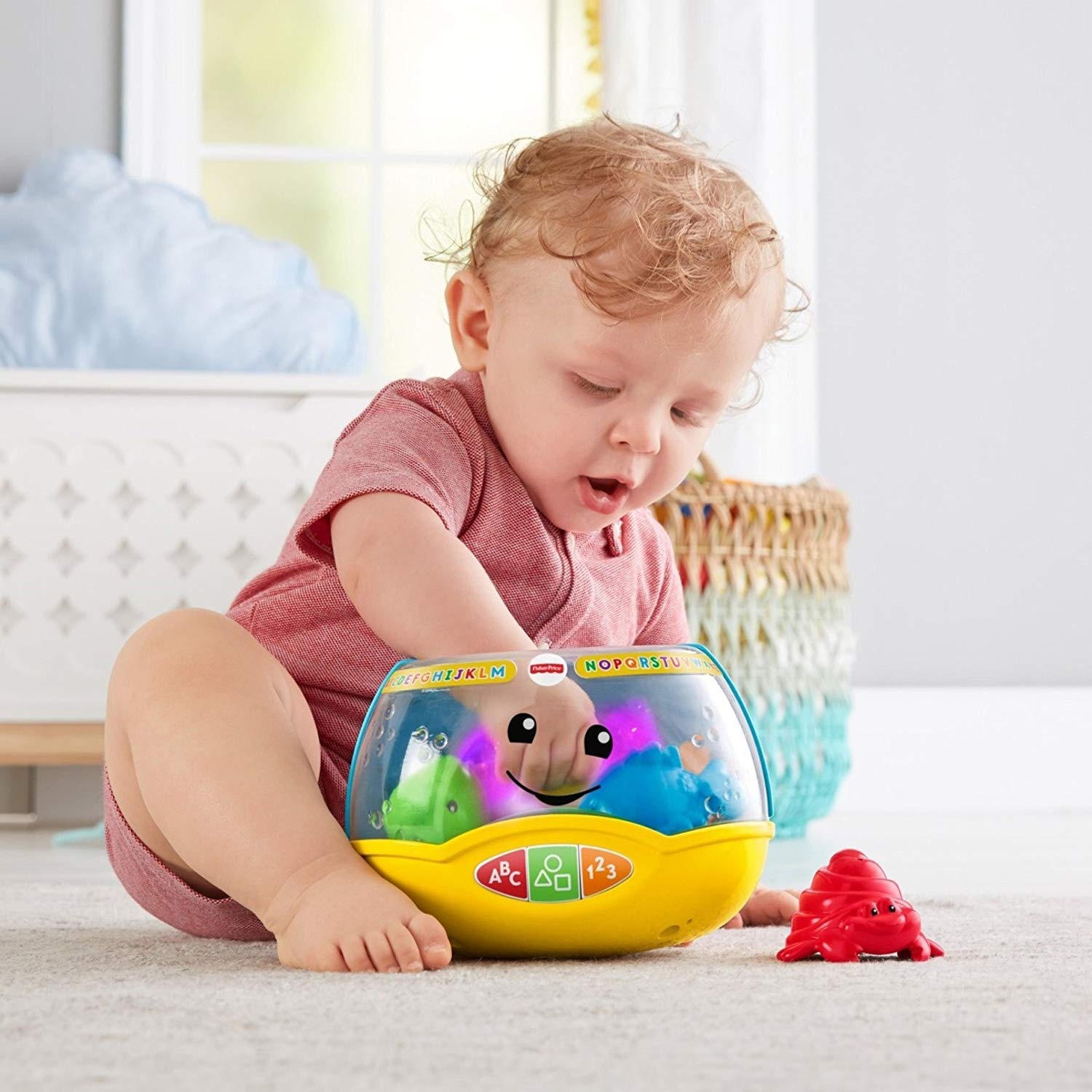 Amazon.com: Fisher-Price Laugh & Learn Magical Lights Fishbowl (Deluxe Pack Includes 5 Aquatic Friends): Toys & Games