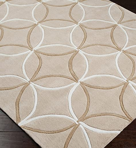 Surya Cosmopolitan 8 x 11 Hand Tufted Wool Rug in Neutral