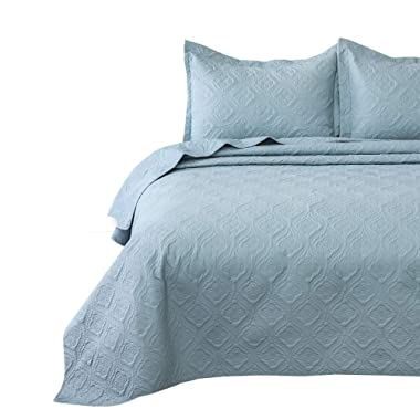 Bedsure Quilt Set Light Blue King Size(106x96 inches) - Flower Petal Design - Soft Microfiber Lightweight Coverlet Bedspread for All Season - 3 Pieces Reversible (Includes 1 Quilt, 2 Shams)