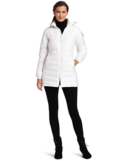 0a64cd3b4c5f Amazon.com  Canada Goose Women s Camp Hooded Jacket  Clothing