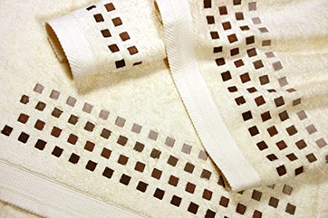 Juego de Toallas Bordadas Cuadros 3 piezas 550gr SQUARES 3P. Nº10 (Crudo)